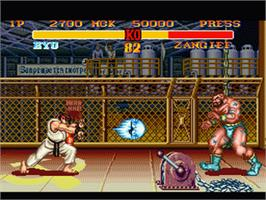 In game image of Street Fighter II Turbo: Hyper Fighting on the Nintendo SNES.