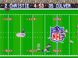 In game image of Tecmo Super Bowl on the Nintendo SNES.
