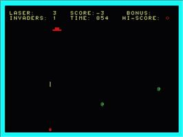 In game image of Space Invaders on the Philips VG 5000.