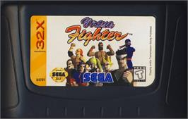 Cartridge artwork for Virtua Fighter on the Sega 32X.