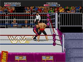 In game image of WWF Raw on the Sega 32X.
