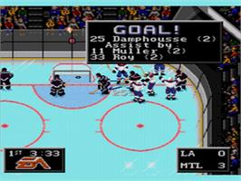 In game image of NHL '94 on the Sega CD.