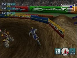 In game image of Jeremy McGrath Supercross 2000 on the Sega Dreamcast.