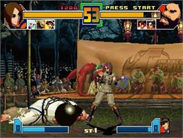 In game image of King of Fighters 2001 on the Sega Dreamcast.