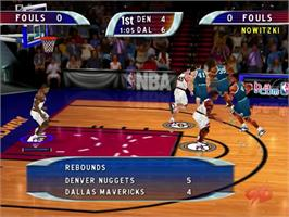 In game image of NBA Hoopz on the Sega Dreamcast.
