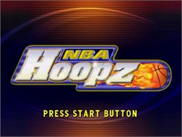 Title screen of NBA Hoopz on the Sega Dreamcast.