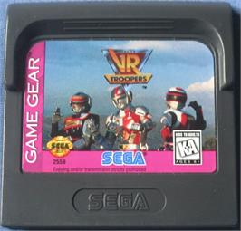 Cartridge artwork for Saban's VR Troopers on the Sega Game Gear.
