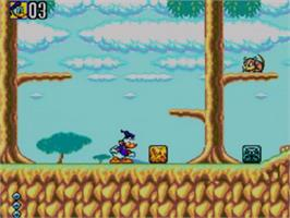 In game image of Deep Duck Trouble starring Donald Duck on the Sega Game Gear.