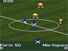 In game image of FIFA 96 on the Sega Game Gear.