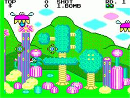 In game image of Fantasy Zone on the Sega Game Gear.