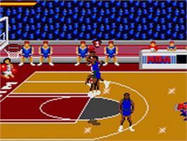 In game image of NBA Jam TE on the Sega Game Gear.