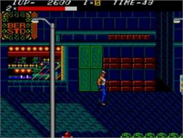 In game image of Streets of Rage on the Sega Game Gear.