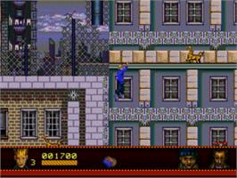 In game image of Home Alone 2 - Lost in New York on the Sega Genesis.