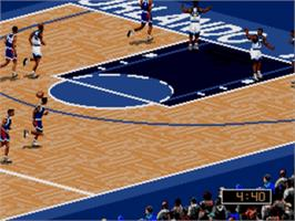 In game image of NBA Live '96 on the Sega Genesis.