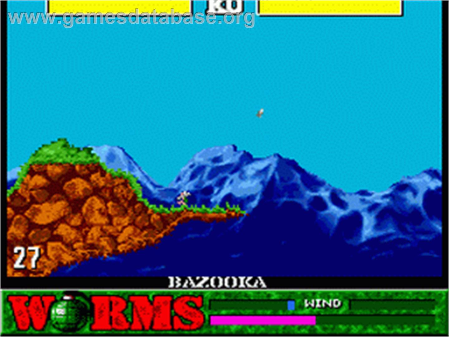 In game image of Worms on the Sega Genesis.