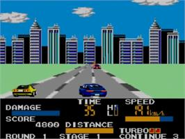 In game image of Chase H.Q. on the Sega Master System.