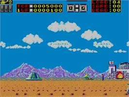 In game image of Choplifter on the Sega Master System.