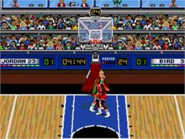 In game image of Jordan vs. Bird: One-on-One on the Sega Nomad.