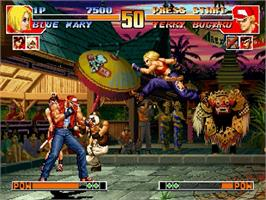 In game image of King of Fighters '97, The on the Sega Saturn.