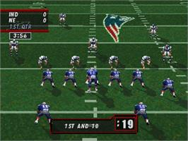 In game image of Madden NFL '98 on the Sega Saturn.