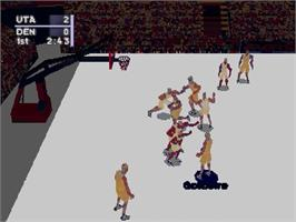 In game image of NBA Live '98 on the Sega Saturn.