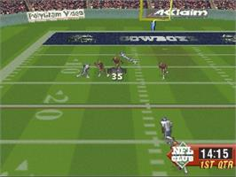 In game image of NFL Quarterback Club '96 on the Sega Saturn.