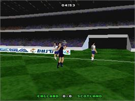 In game image of UEFA Euro 96: England on the Sega Saturn.