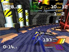 In game image of Wipeout 2097 on the Sega Saturn.
