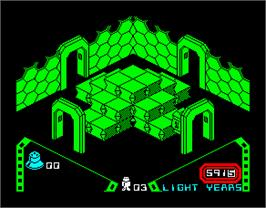 In game image of Alien 8 on the Sinclair ZX Spectrum.