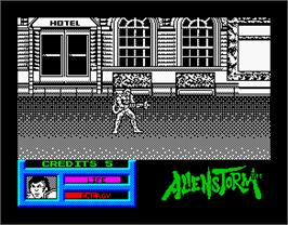 In game image of Alien Storm on the Sinclair ZX Spectrum.