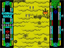 In game image of Gemini Wing on the Sinclair ZX Spectrum.
