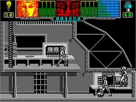In game image of Hammerfist on the Sinclair ZX Spectrum.