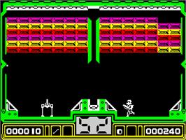 In game image of Hotshot on the Sinclair ZX Spectrum.