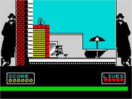 In game image of Hudson Hawk on the Sinclair ZX Spectrum.