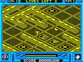 In game image of Incredible Shrinking Sphere on the Sinclair ZX Spectrum.