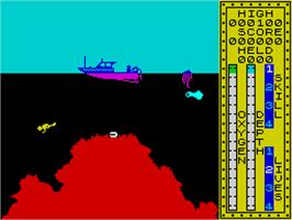 In game image of Scuba Dive on the Sinclair ZX Spectrum.