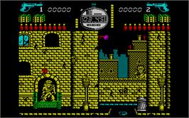 In game image of Solo on the Sinclair ZX Spectrum.