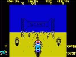 In game image of Super Bike TransAm on the Sinclair ZX Spectrum.