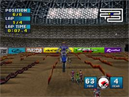 In game image of Jeremy McGrath Supercross 2000 on the Sony Playstation.