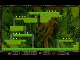 In game image of Lode Runner: The Legend Returns on the Sony Playstation.