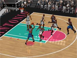 In game image of NBA Live 2000 on the Sony Playstation.