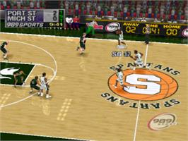 In game image of NCAA Final Four 2000 on the Sony Playstation.