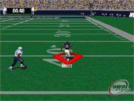 In game image of NFL GameDay 2001 on the Sony Playstation.