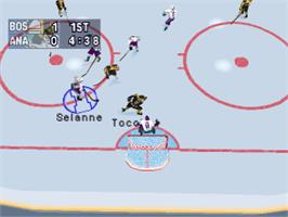 In game image of NHL Powerplay '96 on the Sony Playstation.
