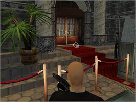 In game image of Hitman: Codename 47 on the Valve Steam.